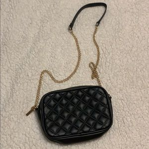 Black pleated crossbody with gold chain, Forver21